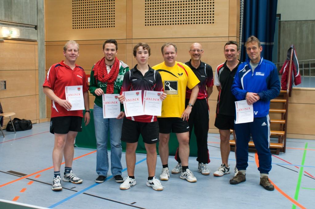Die Sieger des Wettbewerbs Herren A Einzel und Doppel. Foto: Jürgen Keller