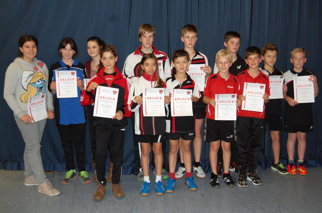 Die Sieger der Wettbewerbe Mixed Jungen/Mädchen und Schüler B Doppel. Foto: Christian Behringer (Dörlesberg)