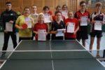 Die Siegerinnen und Sieger der Wettbewerbe Junioren, Mädchen und Schüler B-Klasse. Foto: Wolfgang Appel