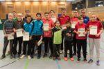 Die Siegerinnen und Sieger der Wettbewerbe Schüler B und Jungen. Foto: Christoph Muhr