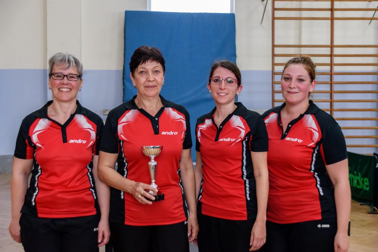 Siegerinnen im Tauberpokal der Damen in der Saison 2016/2017: TTC Bobstadt.