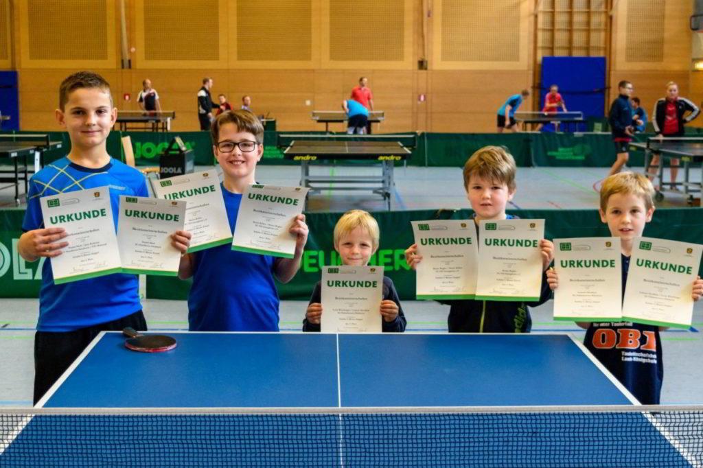 Die Sieger des Wettbewerbs Schüler C Einzel und Doppel.