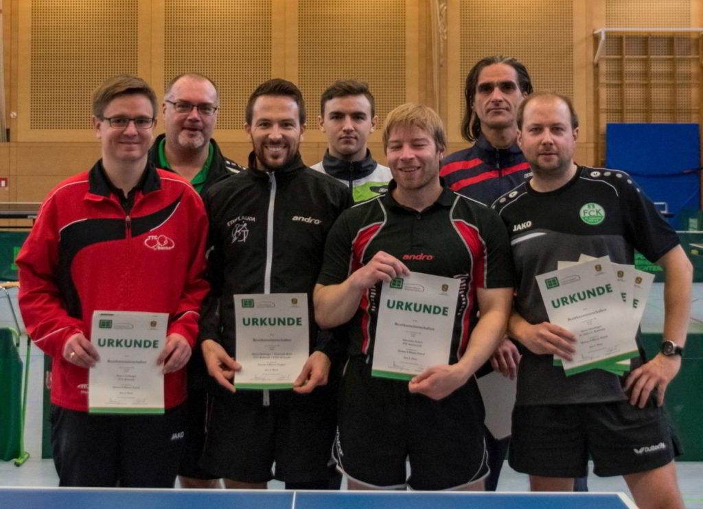 Die Sieger des Wettbewerbs Herren S Einzel und Doppel.