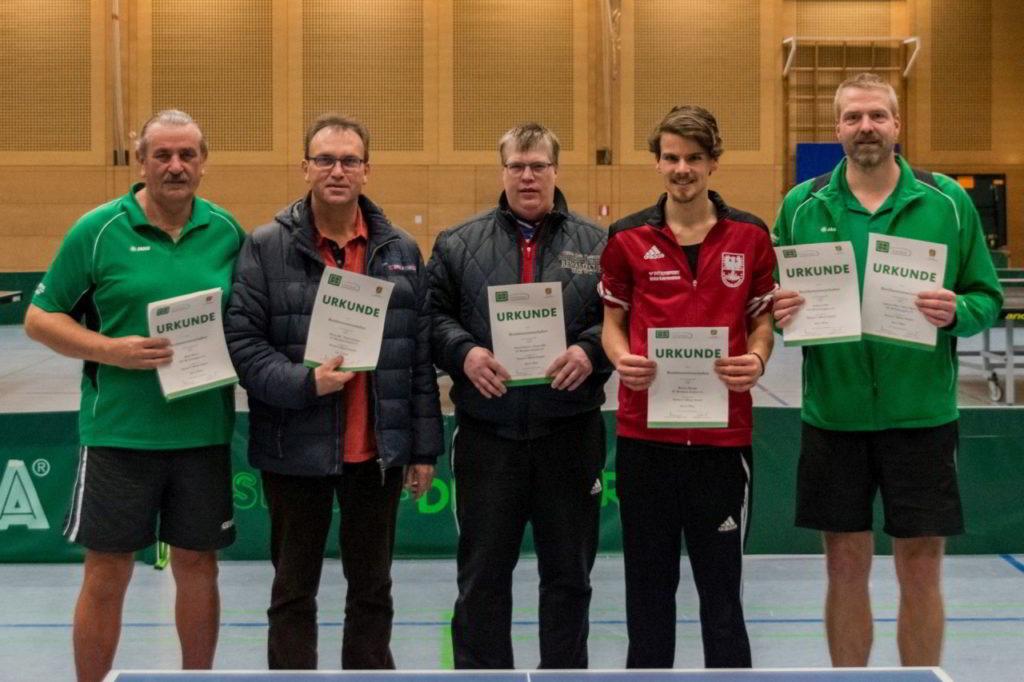 Die Sieger des Wettbewerbs Herren C Einzel und Doppel.